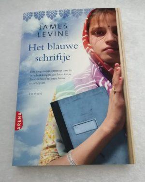 Het blauwe schriftje. James Levine