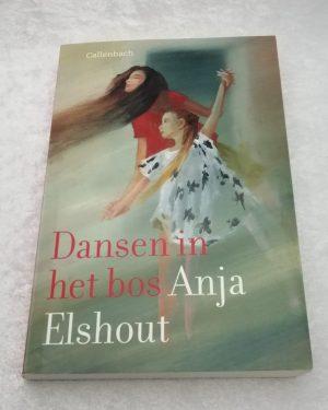 Dansen in het bos. Anja Elshout